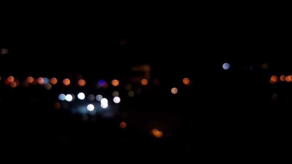 英四C 范賢葦 《七彩霓虹燈》